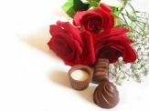 Rose bouquet with chocolates
